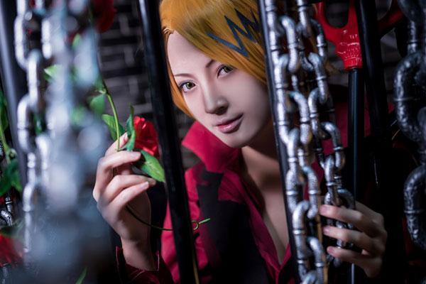 Full Set Kaminari Denki Cosplay Photos